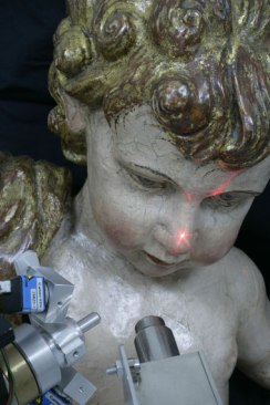Análisis en fluorescencia de Rx de una escultura policromada- Foto IPCE