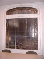 Vista actual de la vidriera de Maumejean.