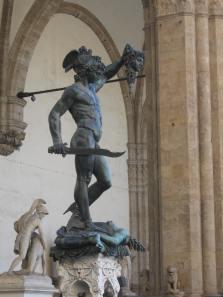Benvenuto Cellini. Perseo. Loggia dei Lanzi. Florencia.