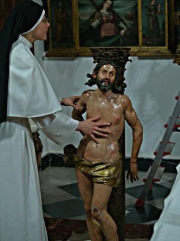 Llegada de la escultura al Monasterio de Santa Sofia de Toro.