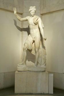 Taller Romano: Apolo, siglo II. Madrid, Museo Nacional del Prado.