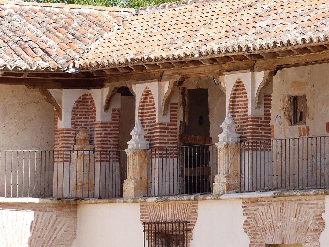 Nuevo Baztán. Detalle de la plaza de festejos. Foto: wikicommons (Tamorlan)