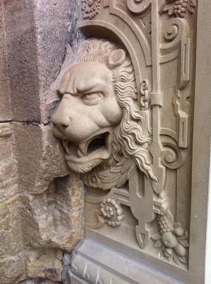 Lion at the Lower Castle Gate of Tübingen (Germany) - Time for Investors to Hunker Down