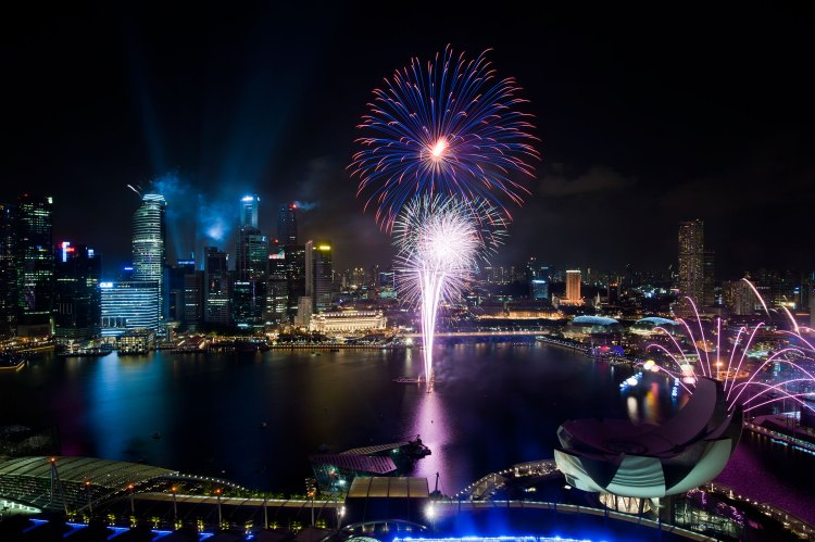 Singapore National Day Parade 2011 fireworks - Private Bankers