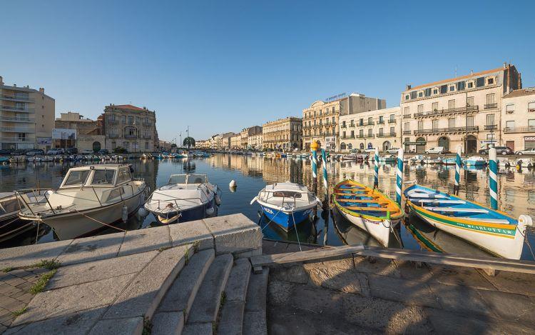 The Maréchal de Lattre de Tassigny Embankment and the Canal of La Peyrade from the Louis Pasteur Embankment - Retirement