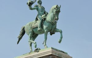 Luxembourg City, square Guillaume II: equestrian statue of Guillaume II (1792-1849), king of The Netherlands and Grand-Duke of Luxembourg.