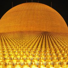 Dhammakaya Pagoda with more than a million Budhas made of gold - Fixed System