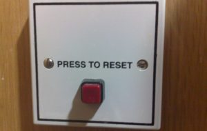 Press to Reset the gold price