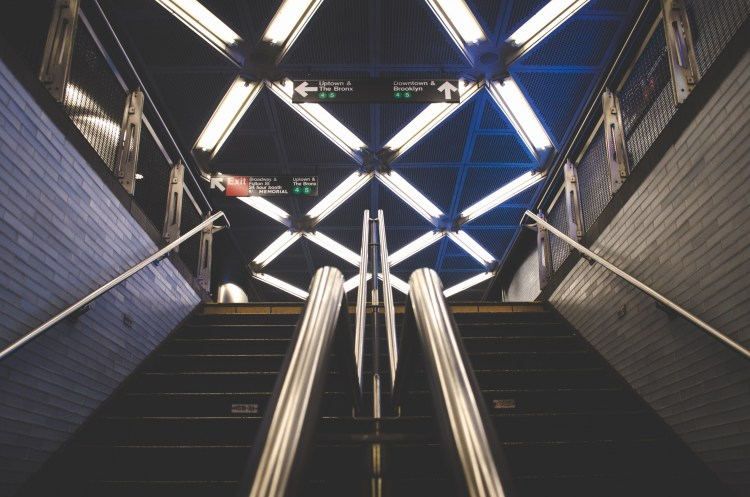Subway, Nyc, New York, Brooklyn, Transport, Stairs to Investment Platform