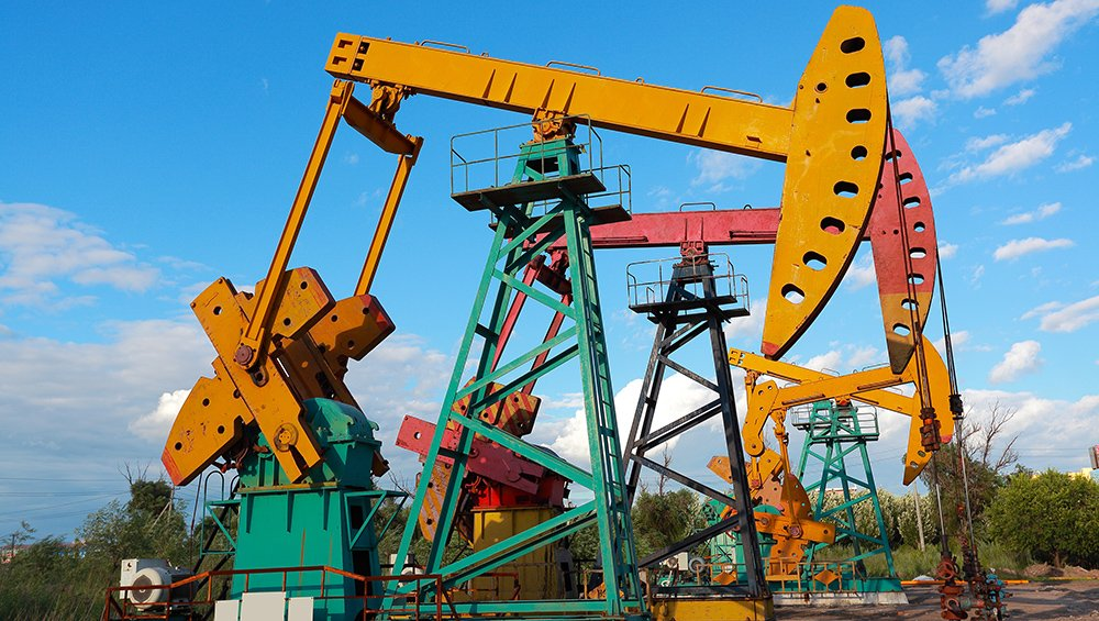 Analysts don't expect OPEC to take any action Thursday, but sources told Reuters an output ceiling would be discussed. (©Aania-Fotolia/stock.adobe.com)