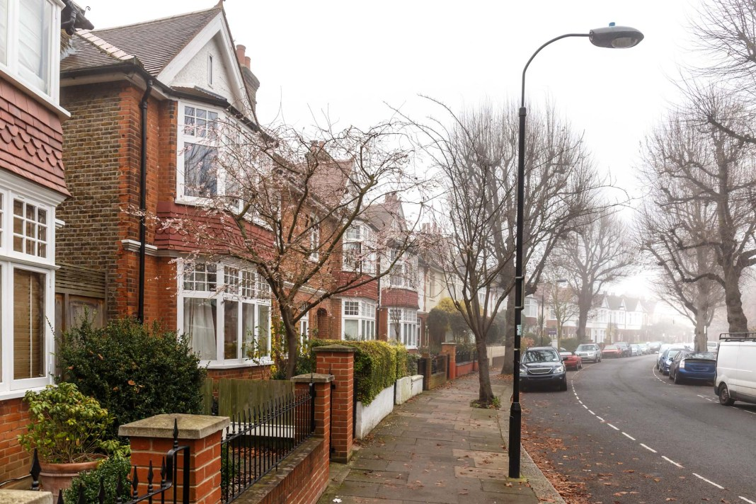 House prices rise in November
