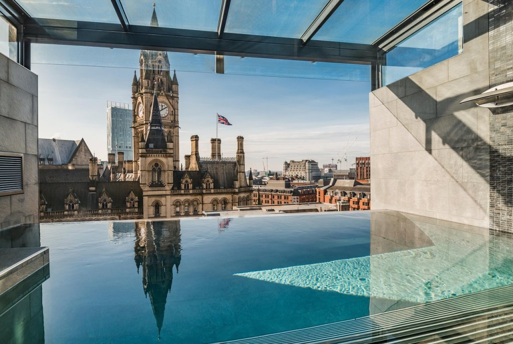 King Street Townhouse infinity pool