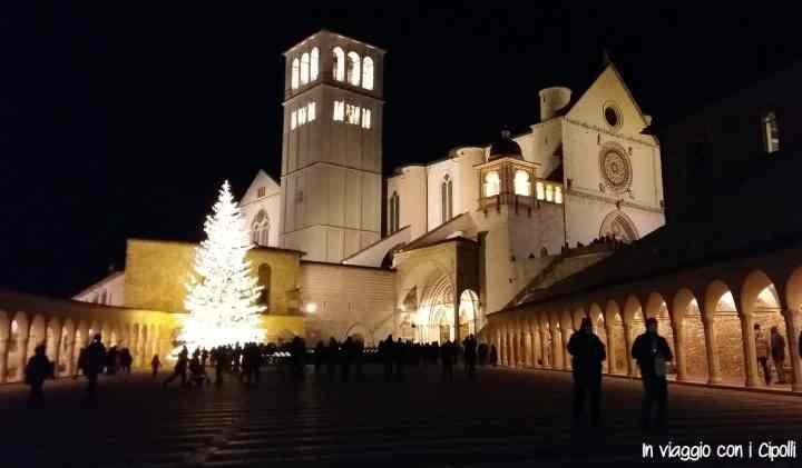 Natale in Umbria Basilica di San Francesco