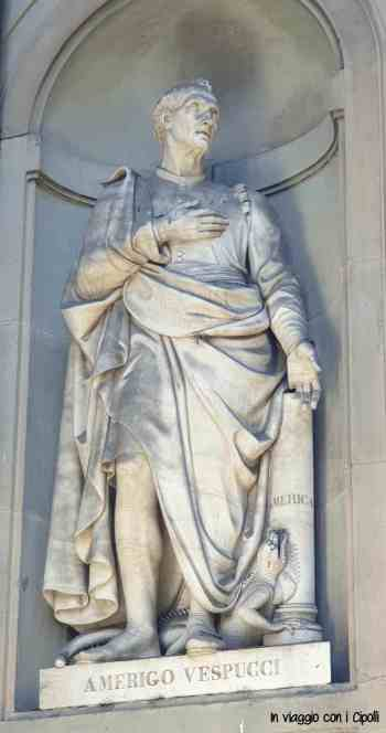 statua-amerigo-vespucci-firenze