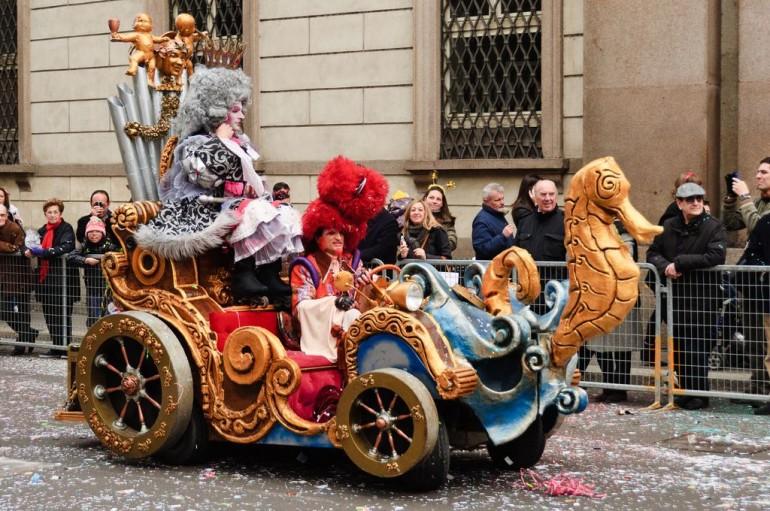 Meneghino-la-maschera-simbolo-del-Carnevale-Ambrosiano1-652k3zw3q7zsrwgi6ixioqg77eizte8nte2q3nw435i