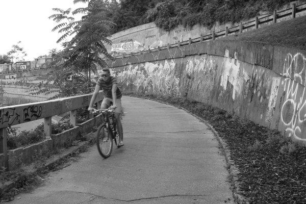 Viaggio a Bratislava, discesa in bici dal castello (Slovacchia)