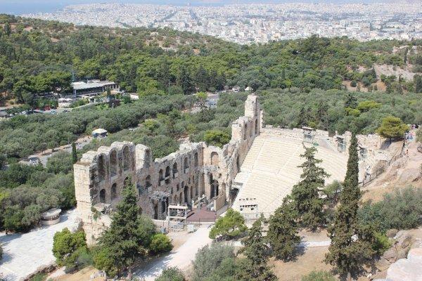Viaggio ad Atene, Teatro di Erode Attico sull'Acropoli (Grecia)