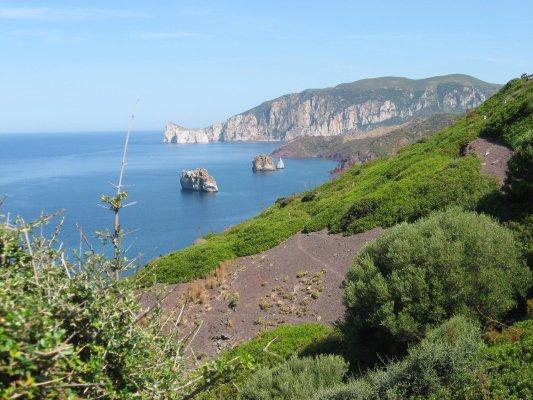 Viaggio in Sardegna, panorama nei pressi di Nebida (Italia)