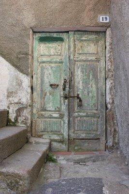 Porta abitazione Giglio Castello Toscana