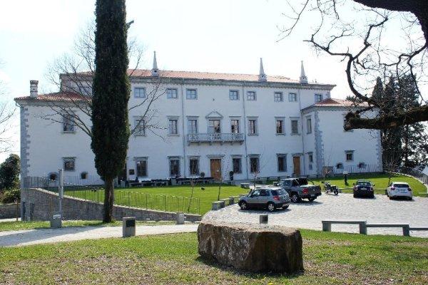 Vila Vipolže Brda sloveno collio