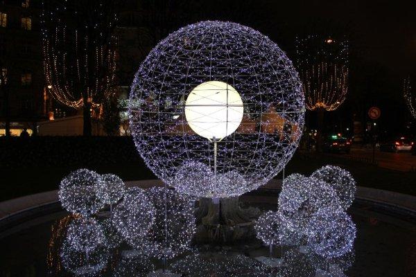 Addobbi natalizi Parigi