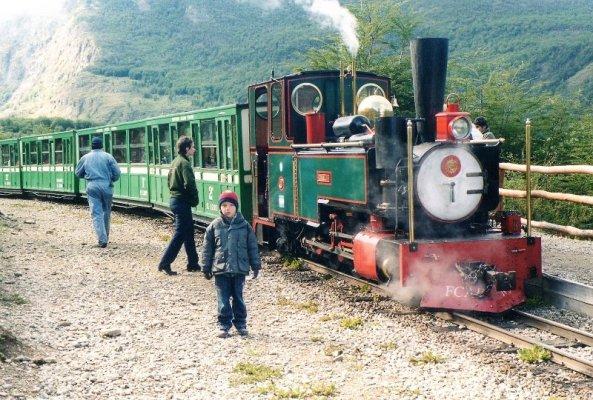 Treno Austral Fueguino nel parco nazionale della Terra del Fuoco