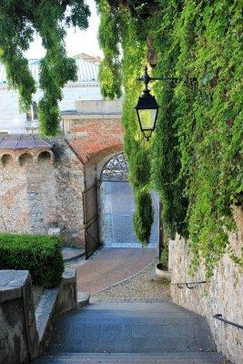 Arco Bollani visto dalla salita al Castello di Udine