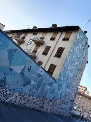 Autostazione Udine street art Tellas