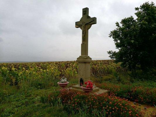 Monumento religioso campagna Moldova