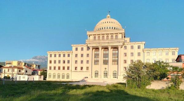 Palazzo Università di Berat Albania