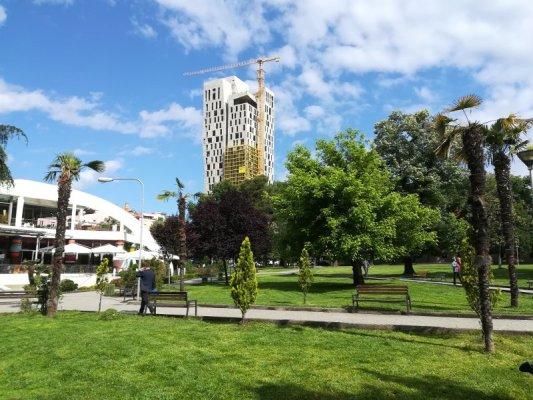 Parco Rinia a Tirana