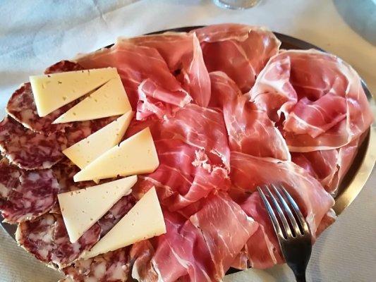 Tagliere formaggi e affettati misti