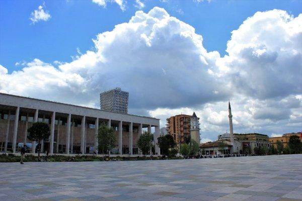 Piazza Skanderbeg a Tirana Albania