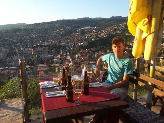 Panorama di Sarajevo dalle colline di Hrid