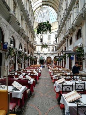 Interno del Çiçek Pasaji Istanbul
