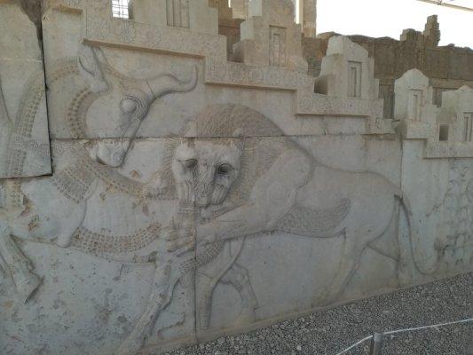 Bassorielievi a Takht-e Jamshid (Persepoli) Iran