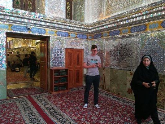 Interno del Mausoleo Sayyed Mir Ahmad a Shiraz Iran