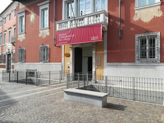 Ingresso del Museo Etnografico del Friuli a Udine