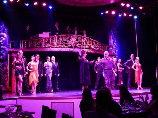 Show di tango al teatro Piazzolla di Buenos Aires