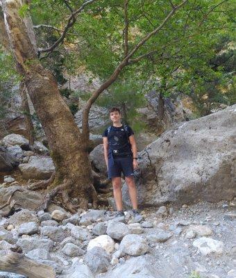 Tomada Riccardo durante la visita alle Gole di Samaria a Creta
