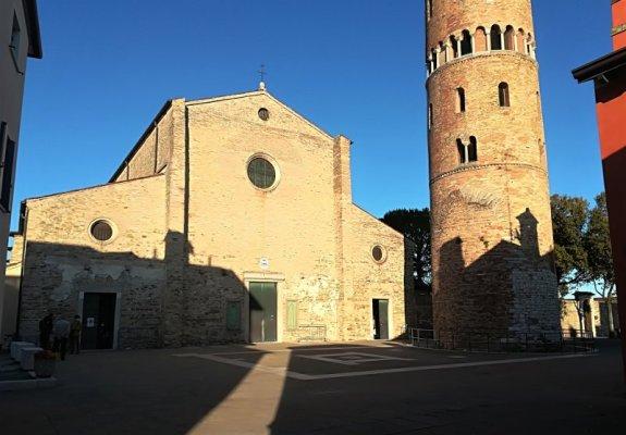 La facciata della Cattedrale di Santo Stefano Protomartire a Caorle