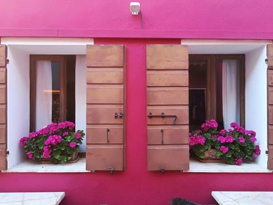 Le tipiche abitazioni colorate a Caorle
