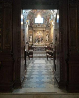Ingresso al coro monastico della Chiesa di San Michele Arcangelo a Badia Passignano Toscana
