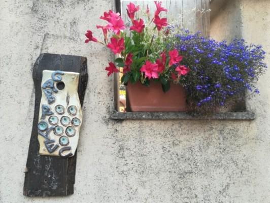 Dettagli ingresso dell'osmiza Ivan Gabrovec a Prepotto