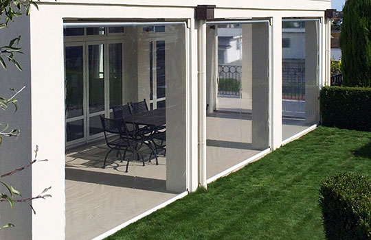 Outdoor Café Blinds | Ziptrak Blinds