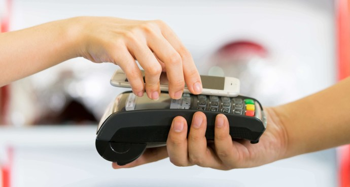 Accepting wireless payments through credit card machine