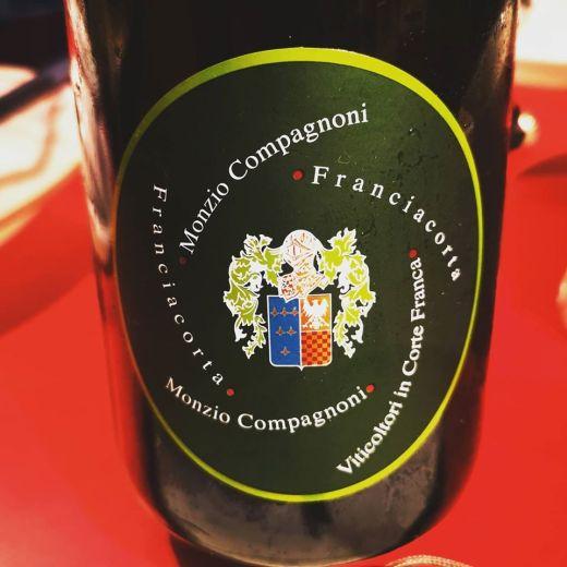 MONZIO COMPAGNONI FRANCIACORTA EXTRA BRUT 2009