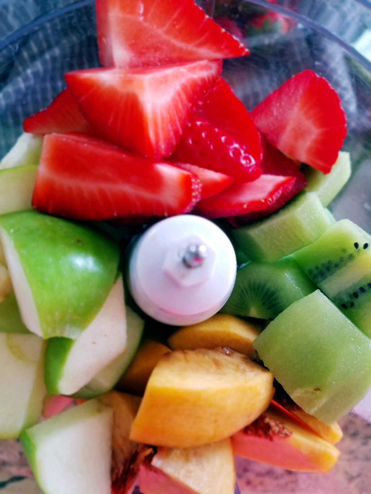 Fresh Fruit Salsa that sure to please your sweet tooth in a healthy way!