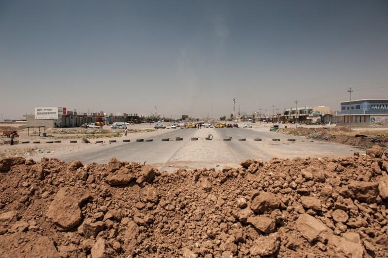 Το τελευταίο φυλάκιο των Κουρδικών δυνάμεων πριν τη Mosul. / The last outpost of Kurdish forces before Mosul.