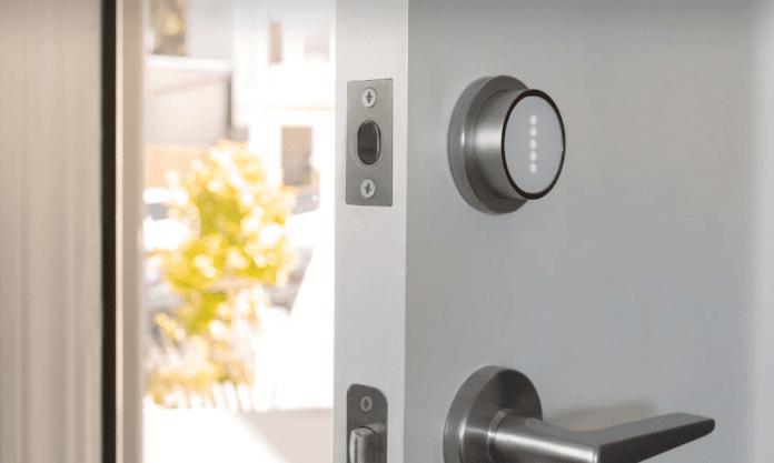 sistema di sicurezza per la porta di casa
